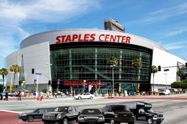 staples-center-in-downtown-seen-by-la-limo-in-2016